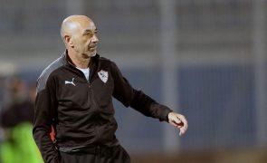 Zamalek, de Jaime Pacheco, goleia e assume liderança na Liga egípcia
