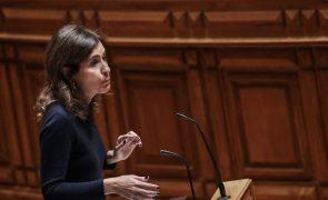 Deputada Ana Rita Bessa apoiará Adolfo Mesquita Nunes numa corrida à liderança do CDS-PP