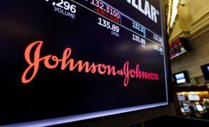 Covid-19: Compromisso da vacina Johnson no segundo trimestre mantém-se - empresa