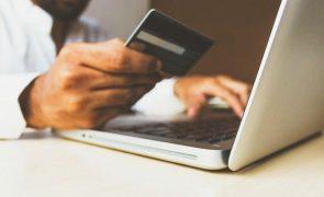 Compras online crescem 10% em 2020