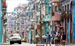 Covid-19: Números de infectados em Cuba bate recorde diário com 910 pessoas