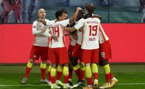 Leipzig vence Leverkusen e consolida vice-liderança da Bundesliga