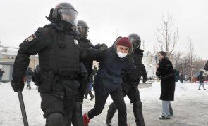 Navalny: Milhares nas ruas exigem libertação de opositor de Putin