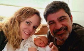 Márcia Leal faz trabalho de parto em casa em tempos de pandemia