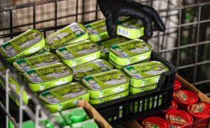 Covid-19: Câmara de Condeixa distribui cabazes alimentares a 365 alunos