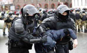 Navalny: Número de manifestantes detidos pela polícia ultrapassa os 4.700