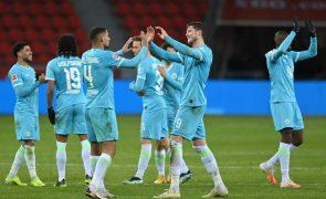 Wolfsburgo soma terceiro triunfo seguido e sobe ao pódio da Bundesliga