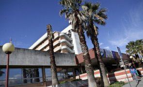 Covid-19: Hospital Garcia de Orta passa a ter área de pré-triagem de ambulâncias