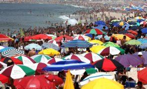 Covid-19: Brasil com mais 559 mortes e 27.756 casos de infeção pelo coronavírus
