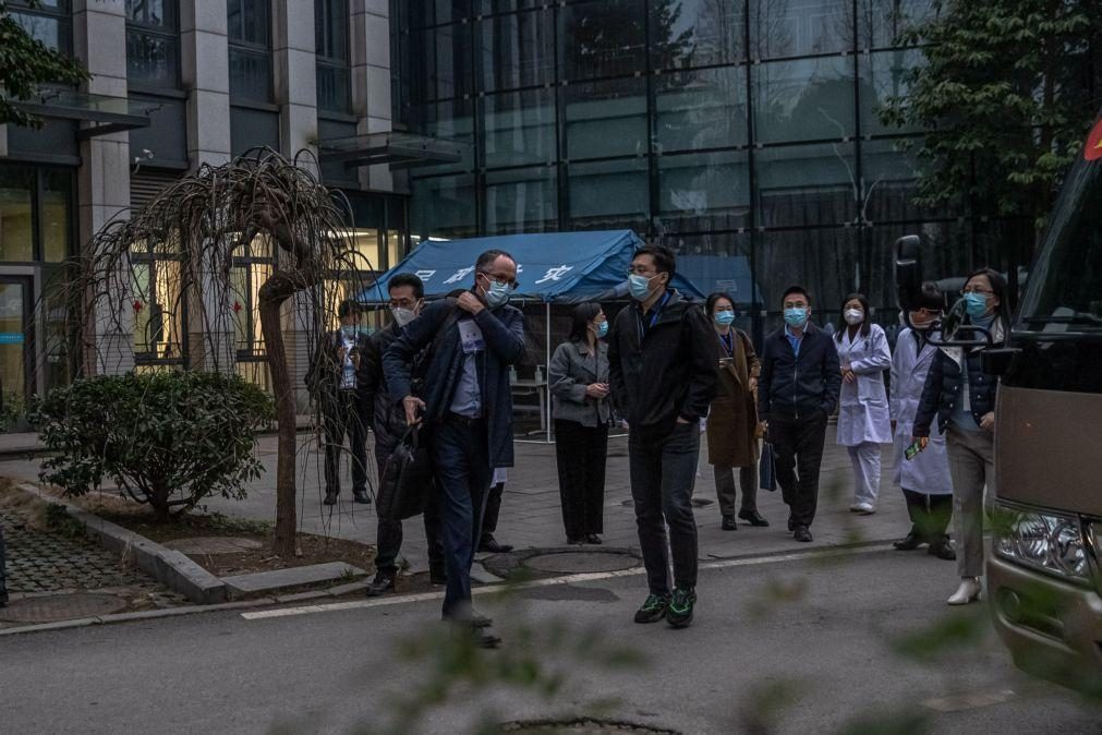 Covid-19: Equipa da OMS visita organismo que lidou com primeiros casos do vírus