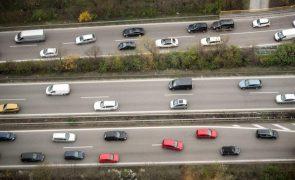 Mercado automóvel com queda de 28,5% em janeiro