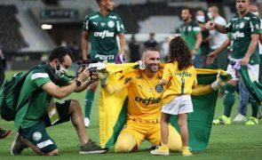 Seis jogadores do Palmeiras e Lucas Veríssimo no 'onze' ideal da Taça Libertadores