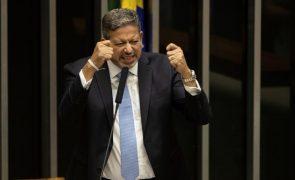 Candidato apoiado por Bolsonaro eleito presidente da Câmara dos Deputados do Brasil
