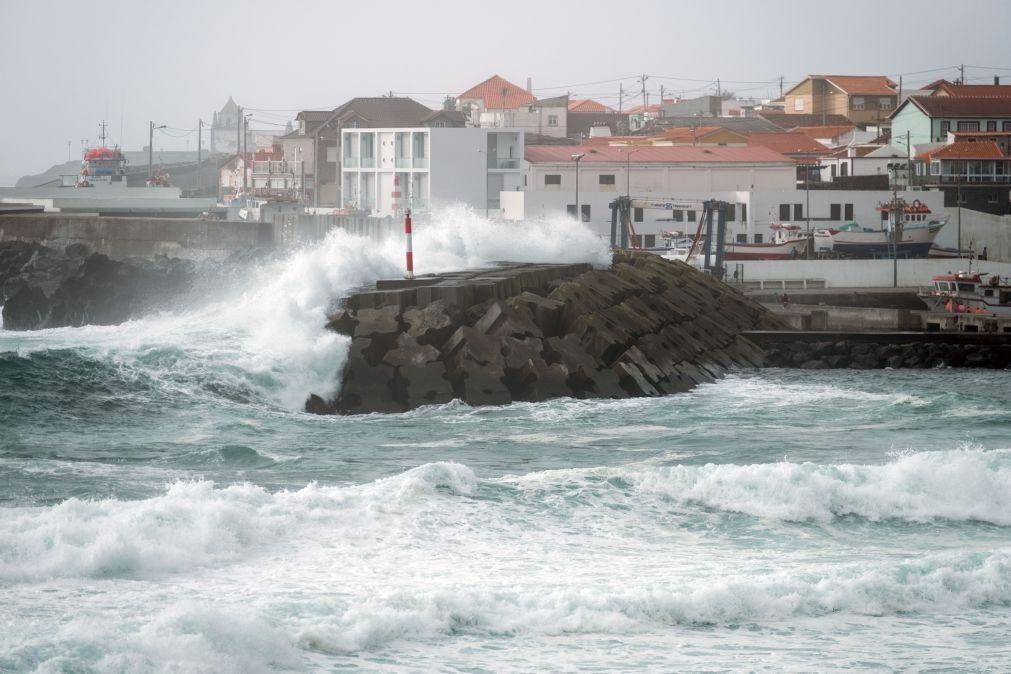 Açores sob aviso amarelo devido ao vento e agitação marítima