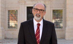 Funeral de António Cordeiro acontece uma semana depois da sua morte