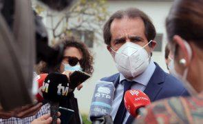 Covid-19: Presidente do Governo da Madeira já recebeu primeira dose da vacina