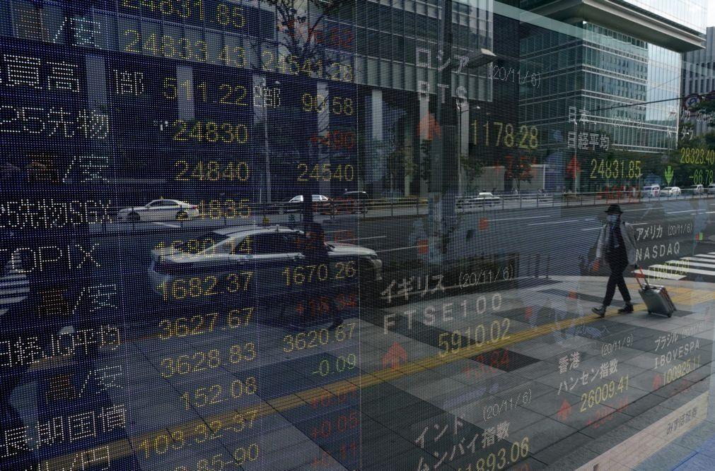 Bolsa de Tóquio abre a ganhar 1,01%