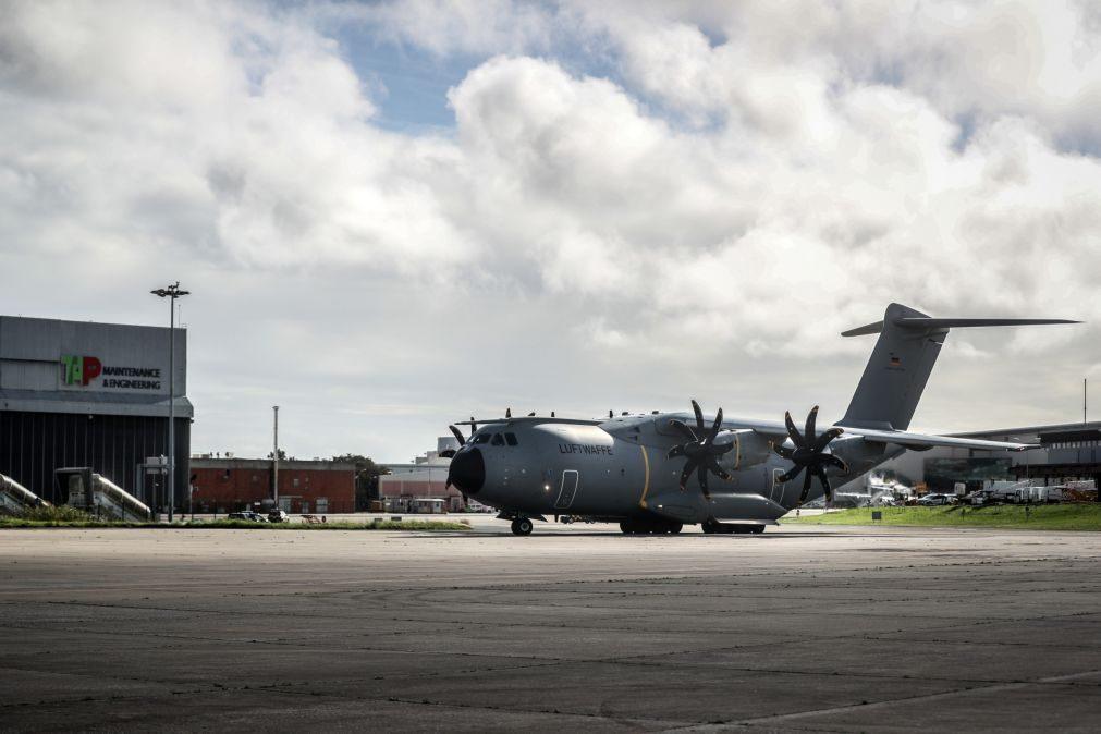 Covid-19: Governo agradece ajuda alemã na chegada a Lisboa