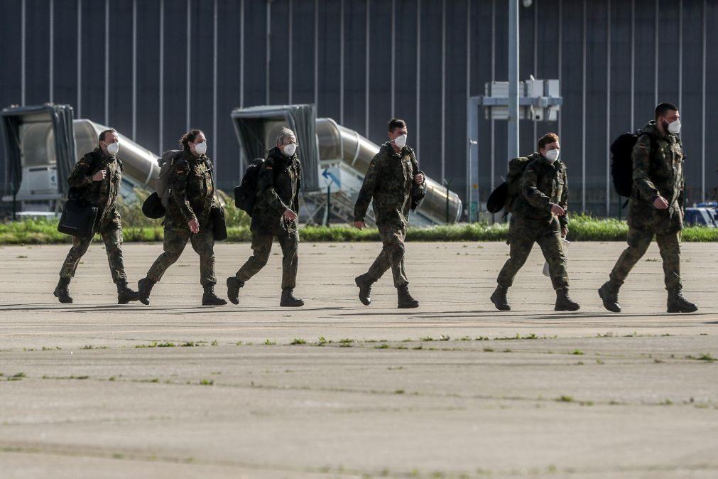 Covid-19: BE exige esclarecimentos sobre equipa alemã no Hospital da Luz
