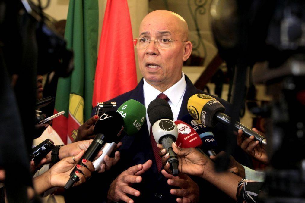 Ministro angolano diz que centenas de casos de tráfico humano implica reforço no diagnóstico