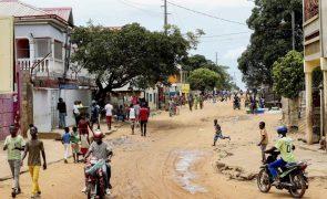 Tiros durante a madrugada em Cafunfo resultam num ferido, denuncia ativista