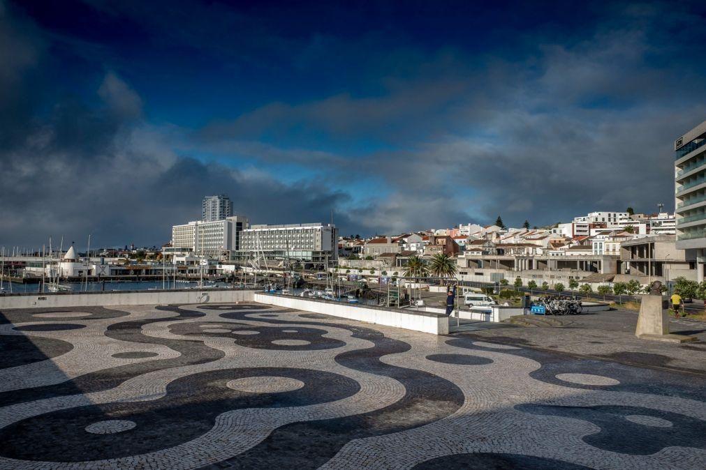 Covid-19: Açores com estabelecimentos encerrados e proibição de circulação no Carnaval