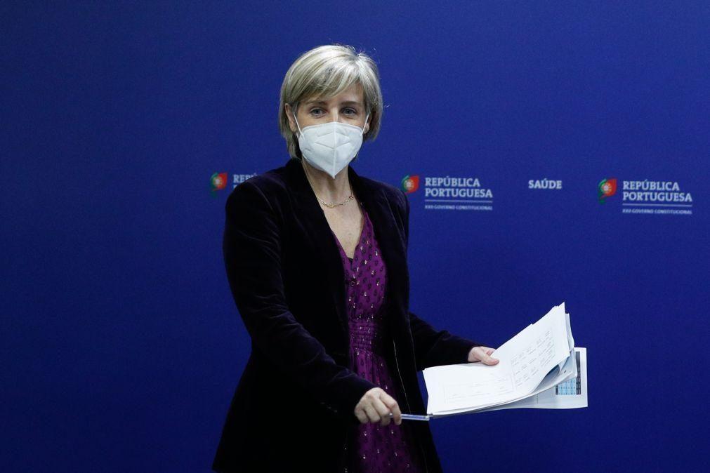 UE/Presidência: Ministra pede às farmacêuticas que resolvam «contratempos» nas vacinas