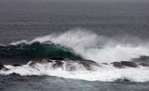 Mar revolto invade localidade piscatória de ilha cabo-verdiana de Santo Antão