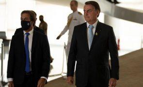 Bolsonaro afirma que não tem medo do povo armado