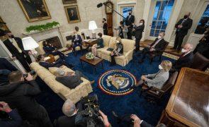 Biden anuncia retirada de apoio dos EUA à Arábia Saudita no conflito do Iémen