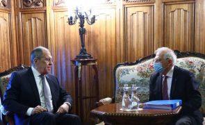 Covid-19: Borrell felicita Rússia por vacina que espera ver administrada na UE