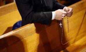 Covid-19: Oração é sugestão de quem escolheu estar confinado toda a vida