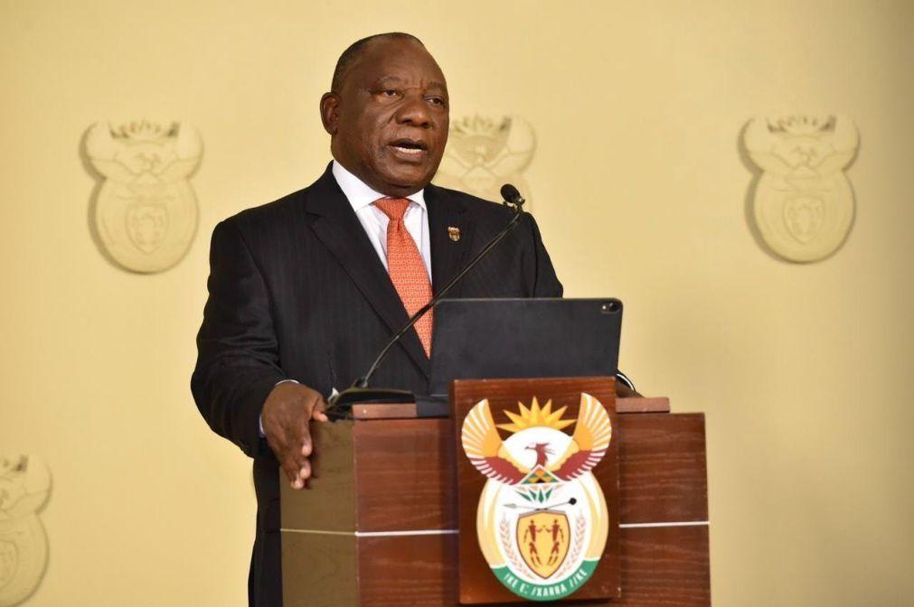 PR sul-africano abre cimeira da UA destacando unidade africana no combate à pandemia