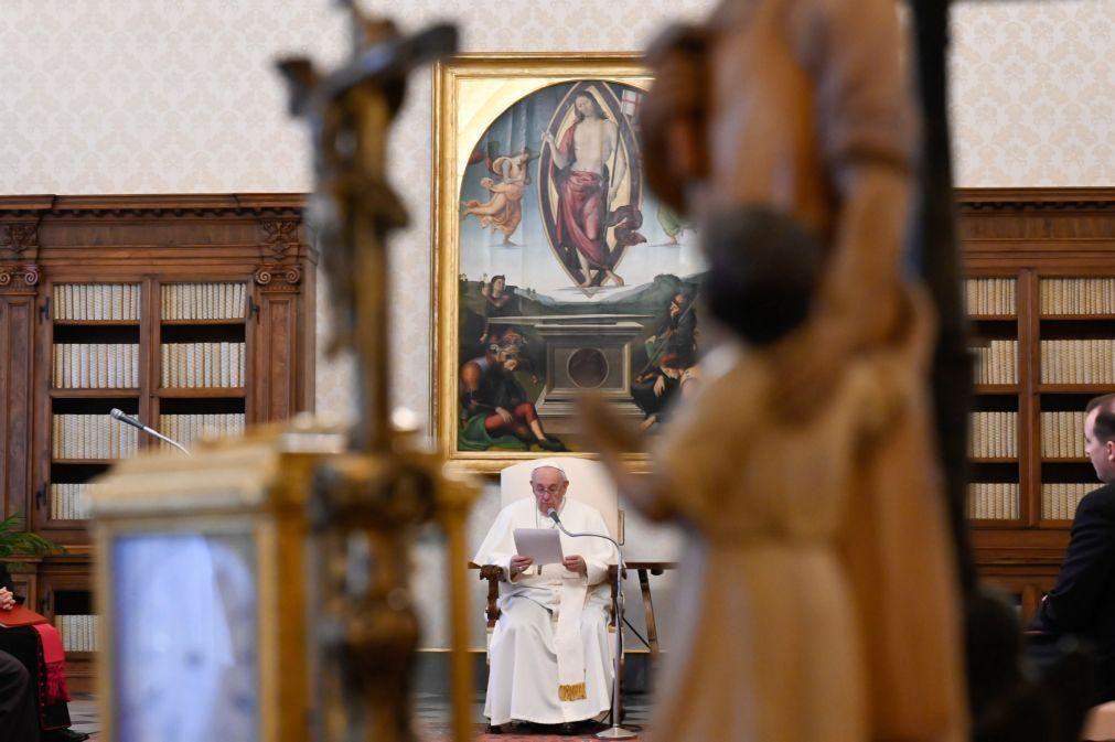 Papa nomeia freira como subsecretária do Sínodo dos Bispos, a primeira mulher