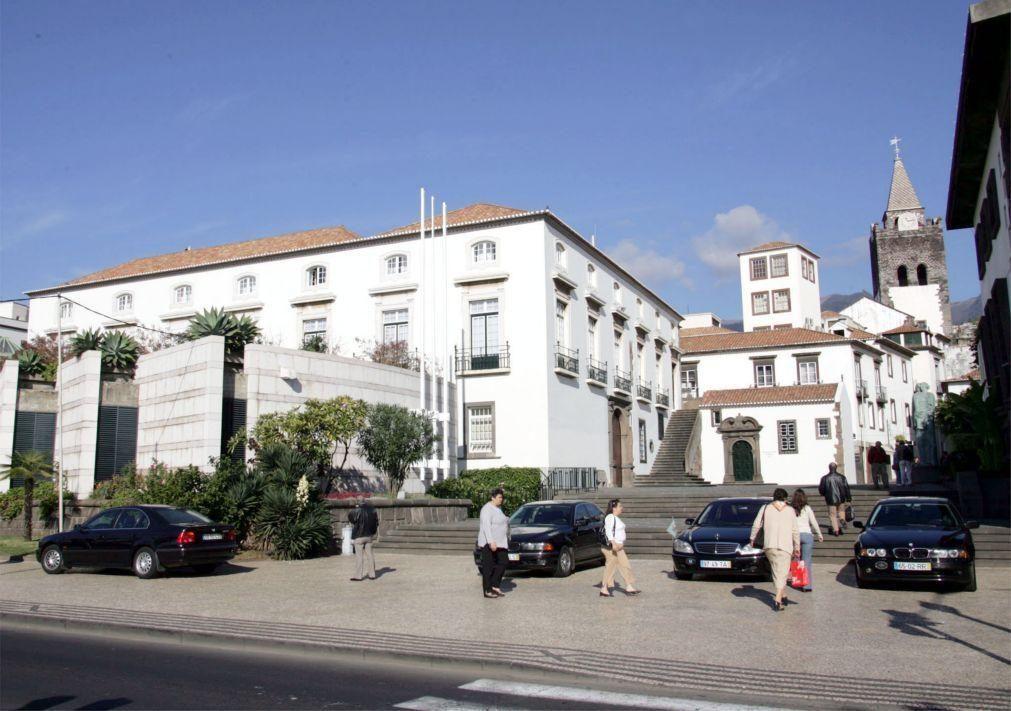 Covid-19: Presidente, vice-presidente e duas secretárias do parlamento da Madeira em isolamento
