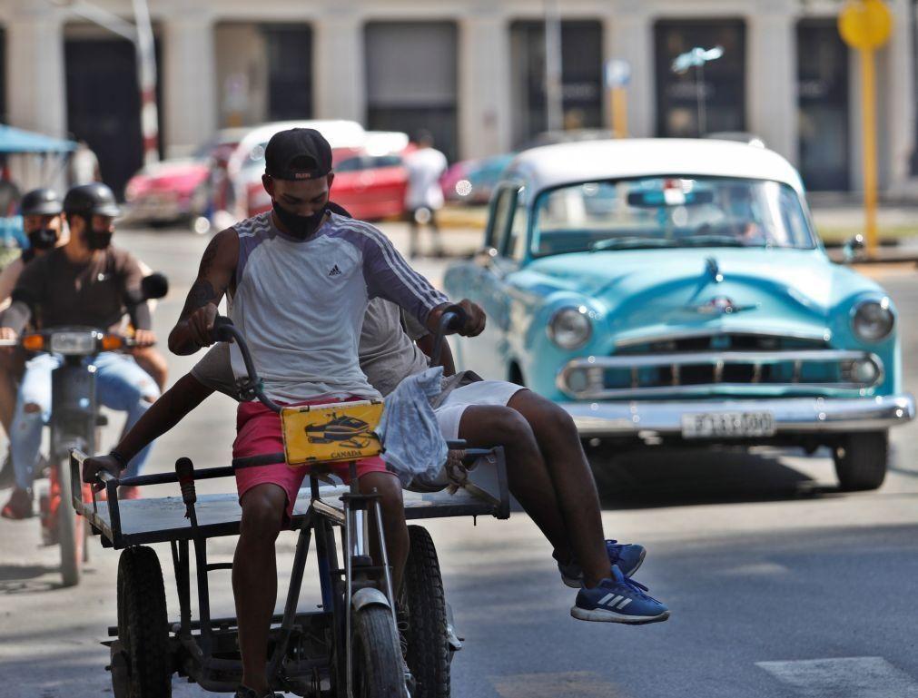Cuba elimina lista de atividades permitidas no setor privado