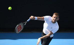 Daniel Evans conquista primeiro título em Melbourne, Jannik Sinner o segundo