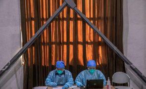 Covid-19: Mais de 105 milhões de infetados e 2,3 milhões de mortos em todo o mundo