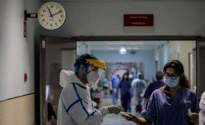 Hospitais do Centro com mais internados em enfermaria cedem camas UCI a Lisboa e Vale do Tejo