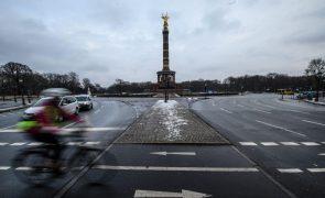 Covid-19: Alemanha regista mais 158 mortes e 4.535 novos casos em 24 horas