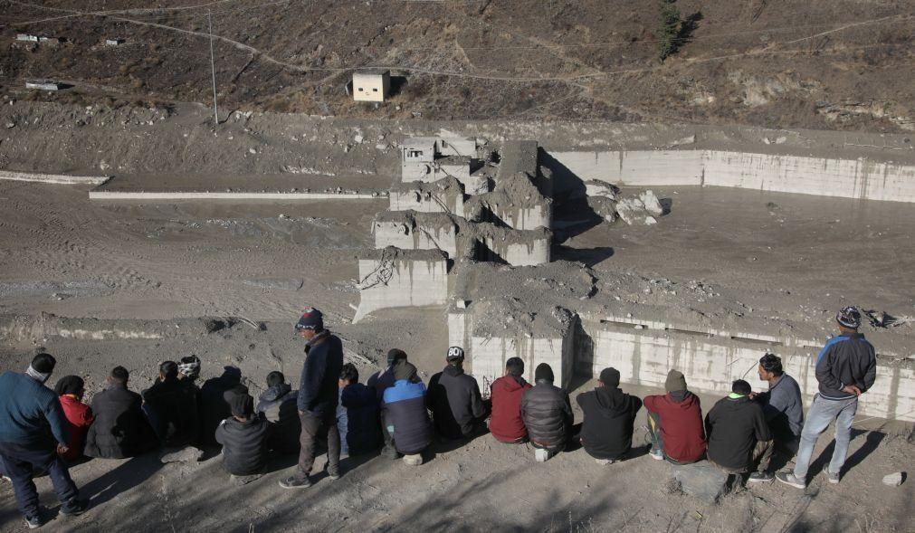 Aumenta para 19 o número de mortos após derrocada de glaciar na Índia