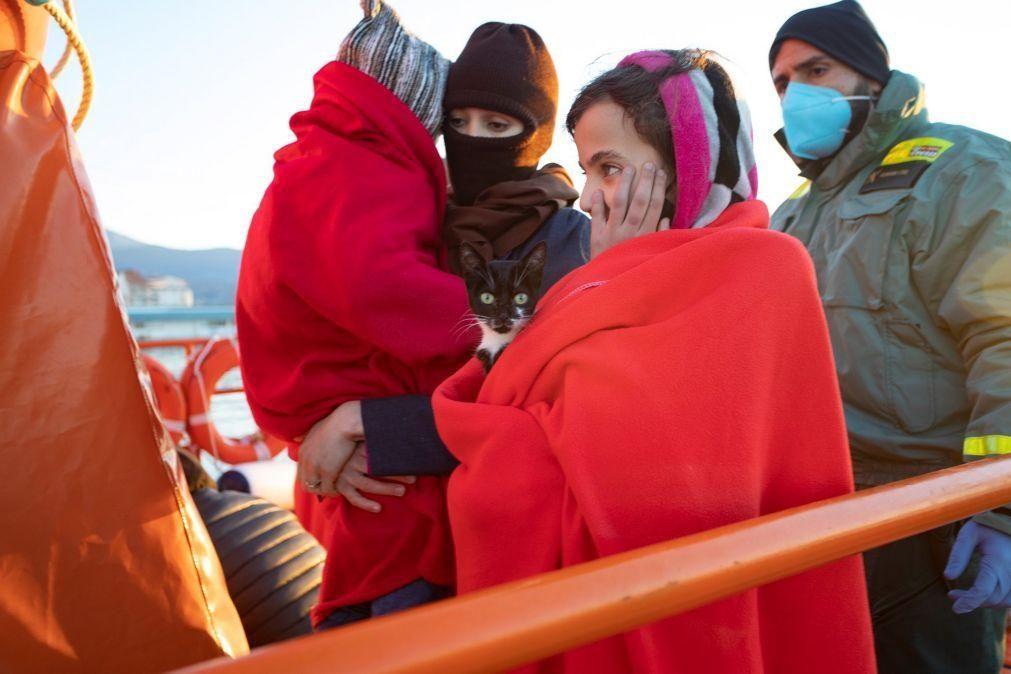 Siria: ONU critica renitência de 57 países em repatriar mulheres e crianças refugiadas