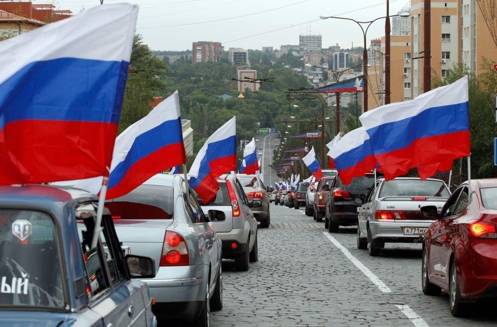 Berlim, Varsóvia e Estocolmo expulsam diplomatas russos em medida de represália