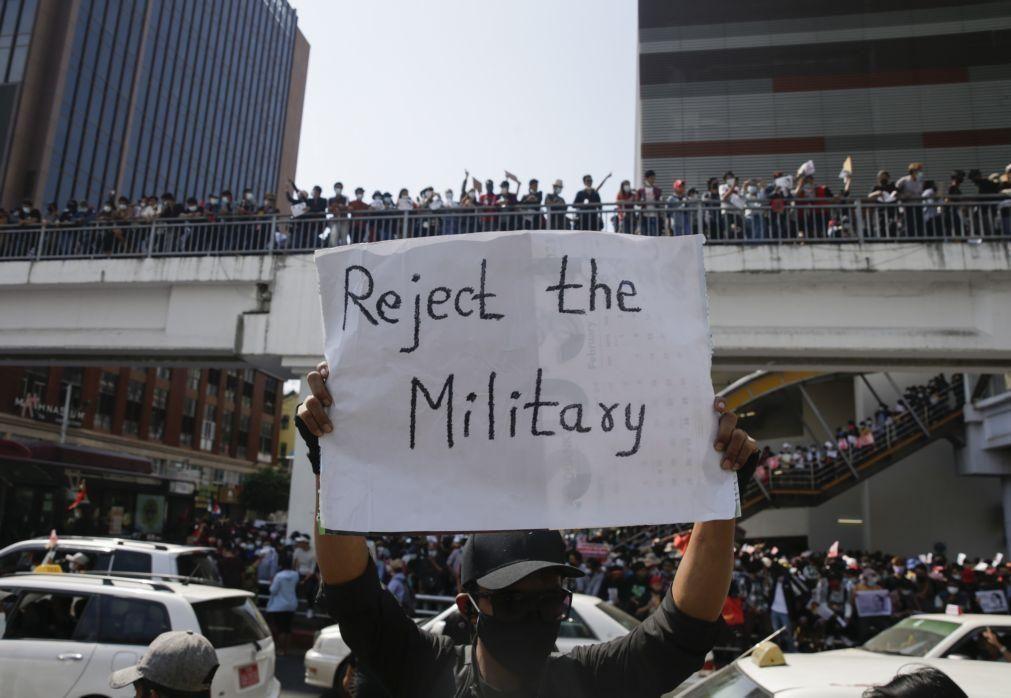Myamnar: Junta Militar impõe lei marcial após sucessivos protestos