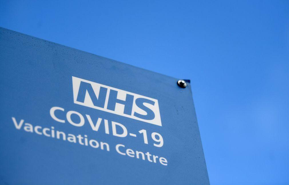 Covid-19: Reino Unido vai vacinar imigrantes ilegais