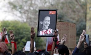 Myanmar: Washington tentou falar com Suu Kyi mas pedido foi rejeitado