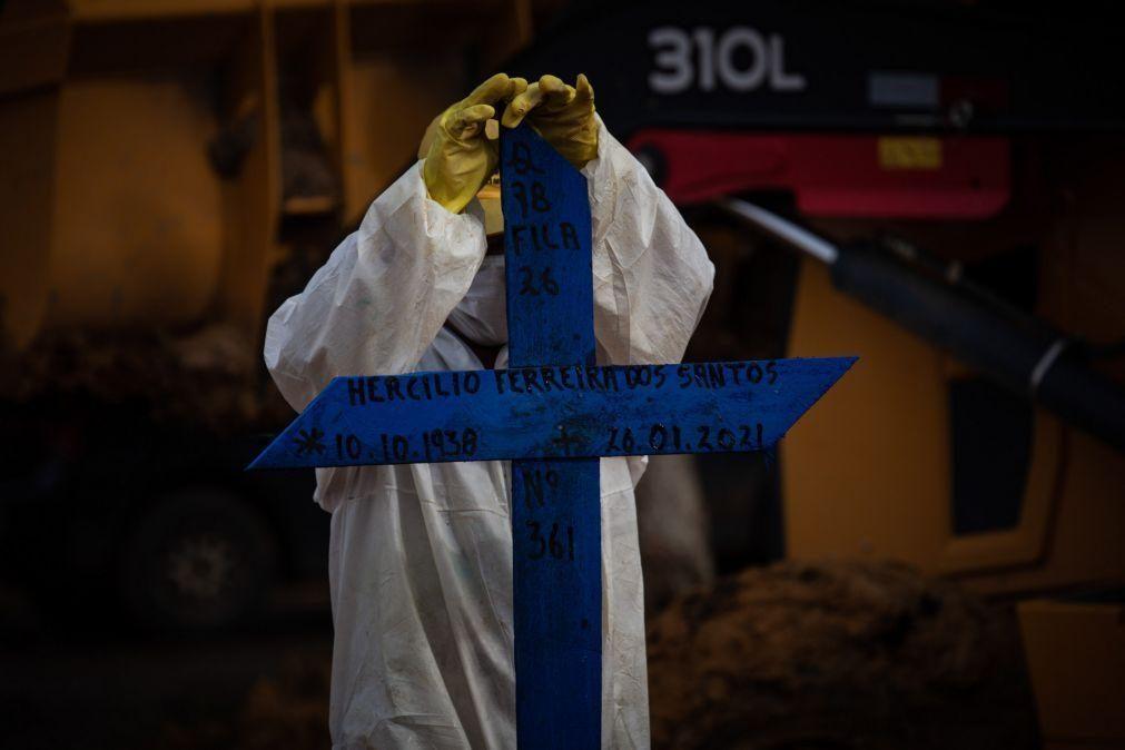 Covid-19: Mais 636 mortes e 23.439 infeções nas últimas 24 horas no Brasil