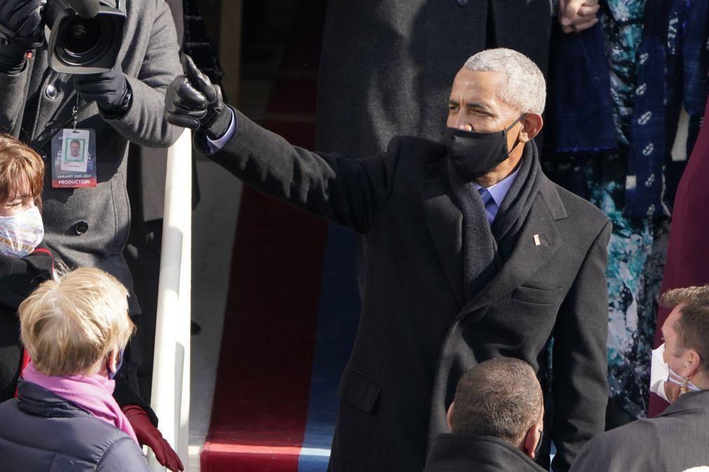 Sapatilhas Nike feitas para Obama vão ser leiloadas por 25.000 dólares