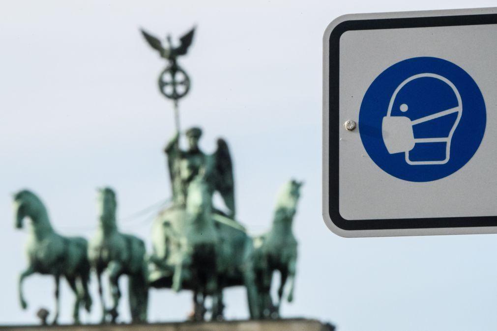 Covid-19: Incidência acumulada de novas infeções na Alemanha abaixo das 75 por 100 mil