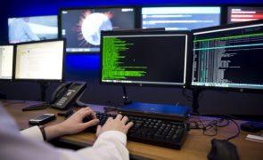 Pedidos de ajuda à Linha Internet Segura da APAV aumentaram 575,49% em 2020